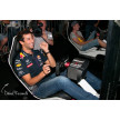 Daniel Ricciardo racing with Playseat® F1 White