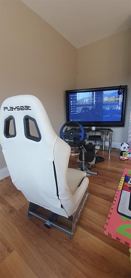 WOW Carlsberg dont do Playseats but if they did this on would be 5 stars